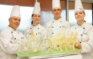 royals sugar sculpture.jpg