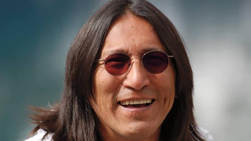 richard wagameses novel indian horse essay Indian horse richard wagamese indian horse is not only a significant title because of the main character saul having his last name indian horse.
