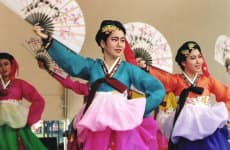 korean dance 3.jpg