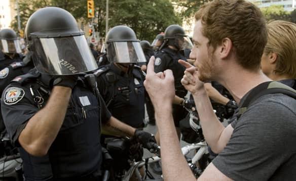police-vs-protester.jpg