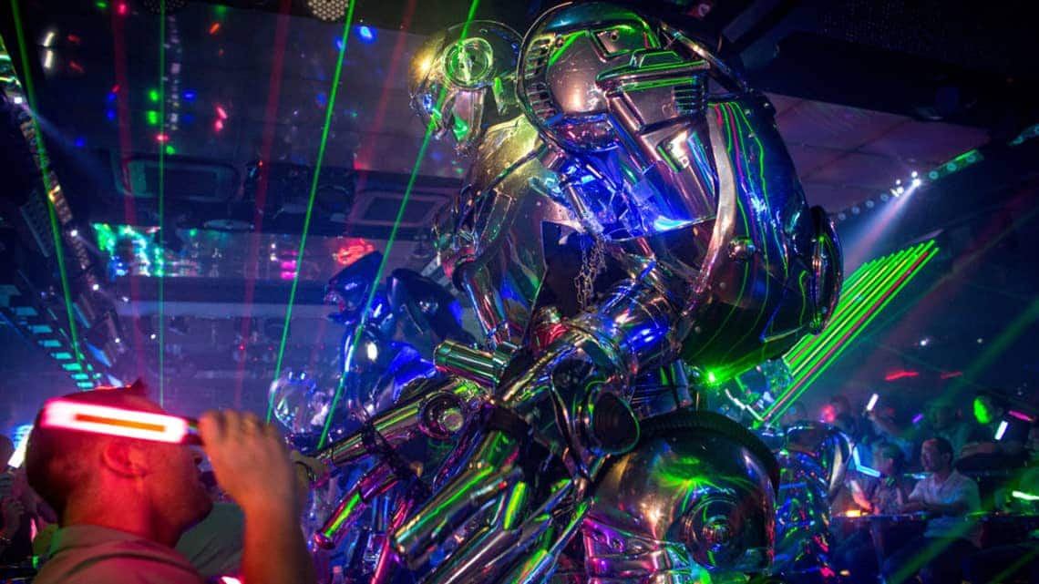 large robot at the Robot Restaurant in Tokyo