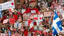 hi-studentprotest-8col.jpg