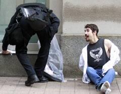 g20-arrest-rtr2fu9c.jpg