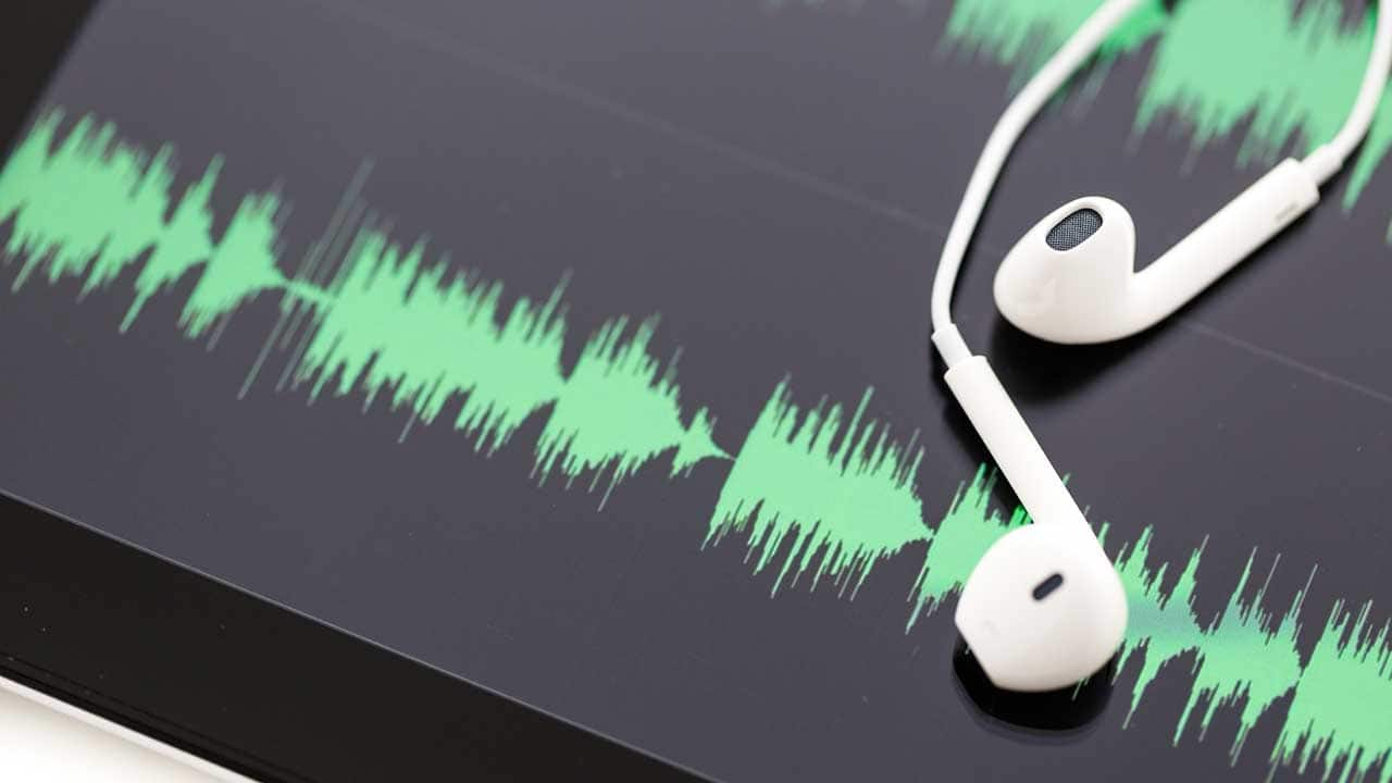 Updated: 14 Must-Listen Podcasts for Entrepreneurs