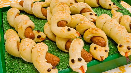 Curly Hotdog Snakes.jpeg