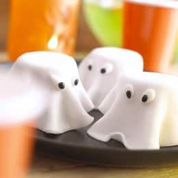 ghost-cakes-recipe-photo-260-akarmel-001.jpg