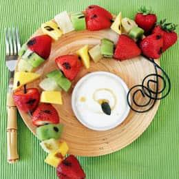 grilled-fruit-kabobs-with-honey-lime-yogurt-dip-recipe-photo-260x260-acoleman-011.jpg