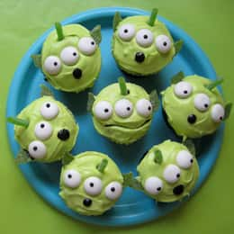 ico_pre_fam_recipes_toy_alien-cupcakes-photo-260-MB-tscupcakebeauty4.jpg