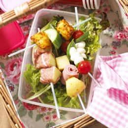 salad-kebabs-picnic-recipe-photo-260x260-akarmel.jpg