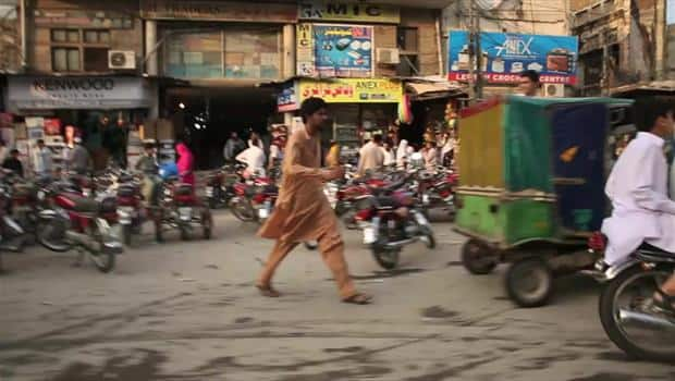 Extra Scene: A Drive Through Pakistan