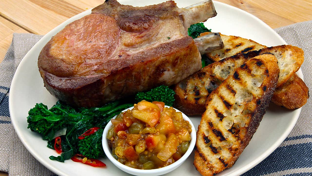 Recipe Oven Baked Pork Chops With Apple Mostarda Cbc Life