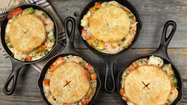 how to make seafood pot pie