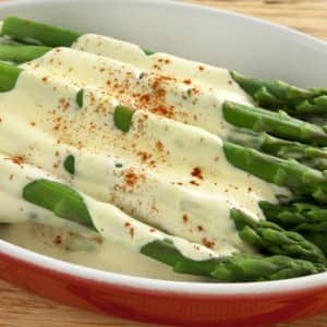 Recipe: Steamed Asparagus with Hollandaise