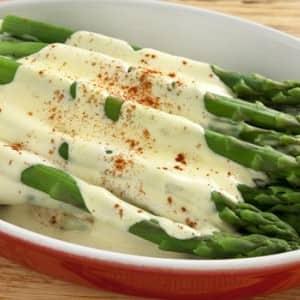 Recipe: Steamed Asparagus with Hollandaise