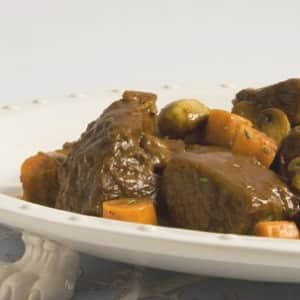 Short Ribs with Mushrooms and Red Wine Sauce
