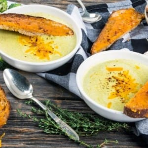 Recipe: Roasted Broccoli Cheddar Soup and Cheese Toasts