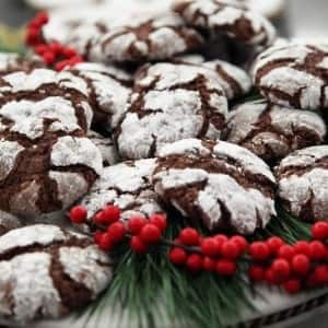 Recipe: Spiced Chocolate Crinkle Cookies