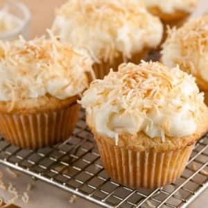 Recipe: Toasted Coconut Cupcakes