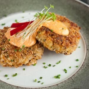 Recipe: Crab Cakes with Roasted Pepper Mayonnaise