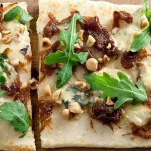 Recipe: Blue Cheese and Caramelized Onions Flatbread