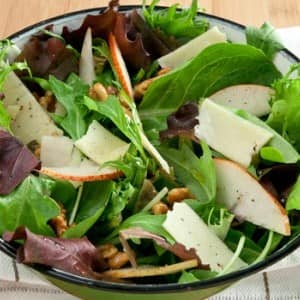 Recipe: Mixed Green Salad with Pear and Cheddar