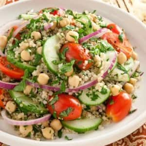 Recipe: Tabbouleh with Quinoa and Chickpeas