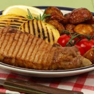 Grilled Pork Chops and Apple Rings