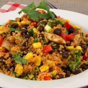 Quinoa Salad with Chicken and Black Beans