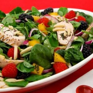 Spinach Salad with Chicken and Fruit