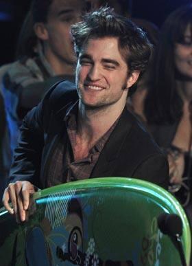 Vampire romance film Twilight won 11 awards Sunday at the 2009 Teen Choice ...
