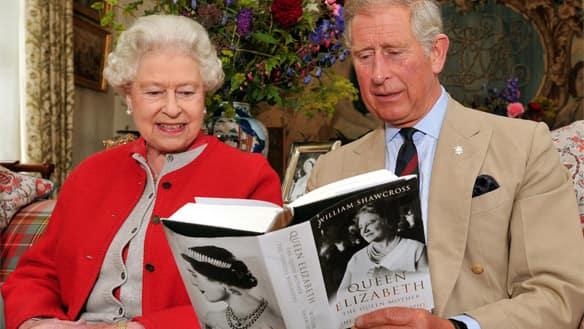 queen elizabeth the first biography. Queen Elizabeth II sits with