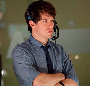 Stage actor John Gallagher Jr. portrays a star senior producer with an instinct for news.