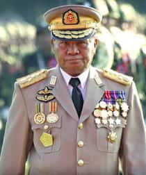 Generale birmano