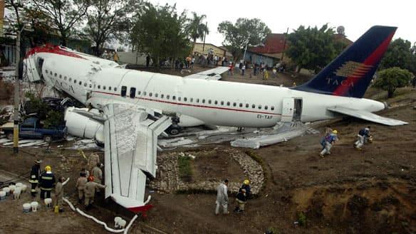wide-hondurasplane-crash-cp.jpg