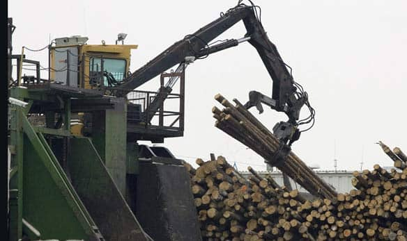 Forest industry pitches for $600M, tax breaks - Business ...