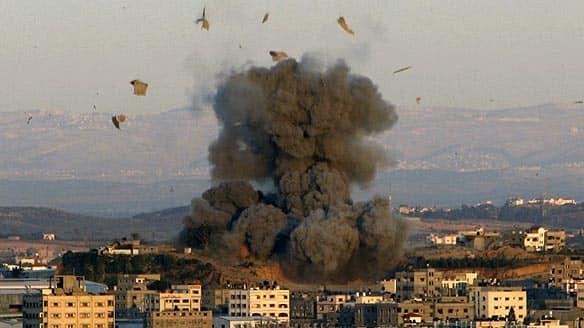 https://www.cbc.ca/gfx/images/news/photos/2009/01/03/gaza-bomb-cp-6039006.jpg