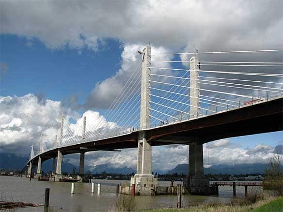 maple ridge golden ears bridge