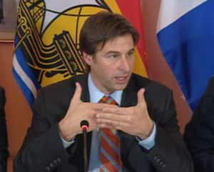 New Brunswick Premier Shawn Graham explains why his government wants to sell a majority of NB Power's assets to Hydro-Québec.