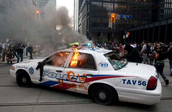 http://www.cbc.ca/gfx/images/news/photos/2010/06/26/w-g20-burning-police-car-cp-8947483.jpg