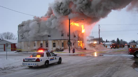 Fire destroys landmark Dominion City hotel - PBP Community ...