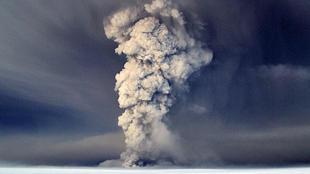Iceland Volcano Eruption 2011