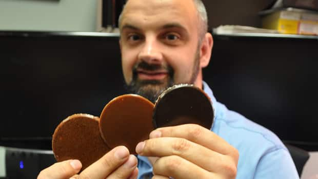 Biochemical engineer David Bressler has been experimenting with making plastic out of cattle carcass parts that would normally have been landfilled over concerns they could be carrying the agent that causes mad cow disease.