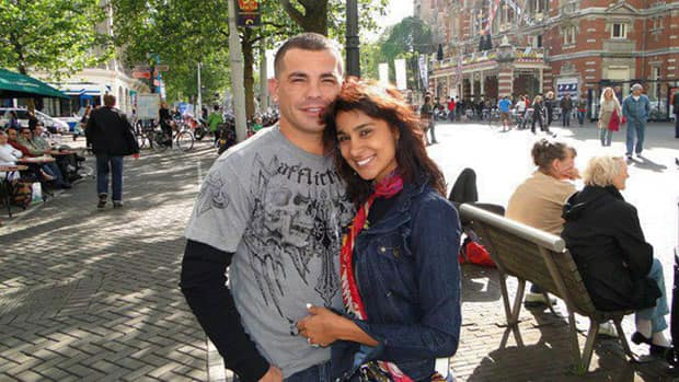 Arturo Gatti, seen in this undated photo with Amanda Rodrigues, was found dead of an apparent suicide in 2009.