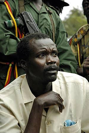 http://www.cbc.ca/gfx/images/news/photos/2012/03/09/kony-06-rtr1g23c.jpg