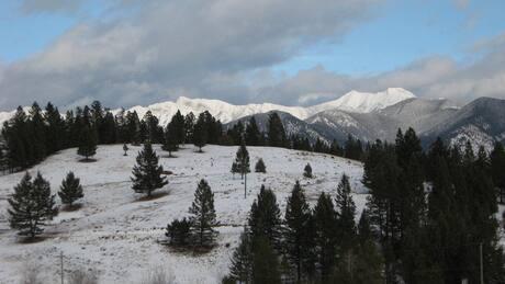 Alta. ski team escapes B.C. ski lodge fire