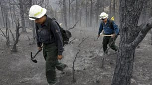 Obama surveys Colorado wildfire damage