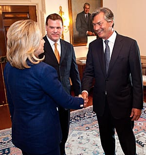 Gary Doer, right, with U.S. Secretary of State Hillary Clinton, left, and Foreign Affairs Minister John Baird, says he enjoys having a 'front-row seat' on Canada-U.S. relations.