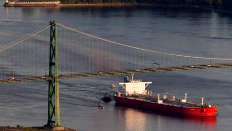 B.C. municipalities reject oil tanker expansion