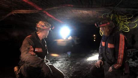 Controversial mining firm signs deal to train Canadians