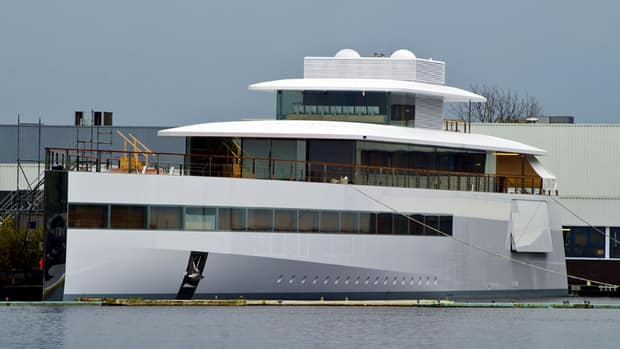 Steve Jobs' estate pays to free impounded superyacht